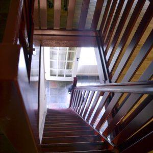 Trapgat naar slaapkamer 2 (boven)